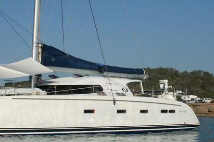 Charter Catamaran Nautitech 44 Leeward Islands