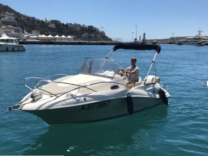 Miete Motorboot Quicksilver 555 Commander Nizza