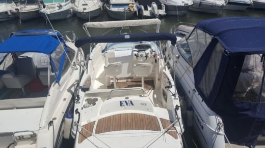 Motorboat Rio 750 Sol for hire