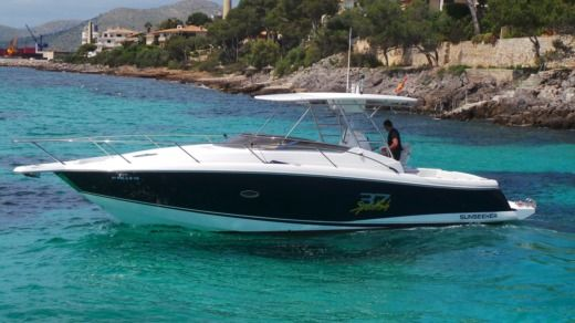 Sunseeker 37 Sportfish in Port d'Alcúdia, Illes Balears for hire