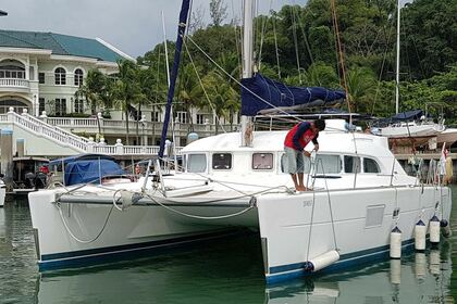 Charter Motorboat Van Peteghem and Lauriot Prevost Blue Marlin Cat South Kuta