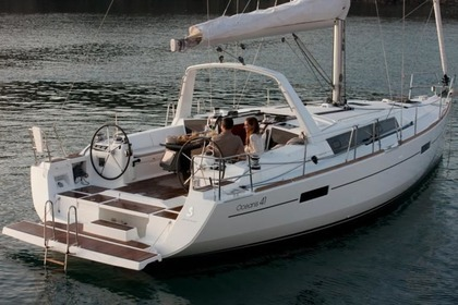 Hire Sailboat BENETEAU OCEANIS 41 Propriano