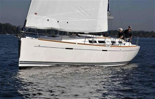 Dufour 425 Grande Large in Lefkada for hire