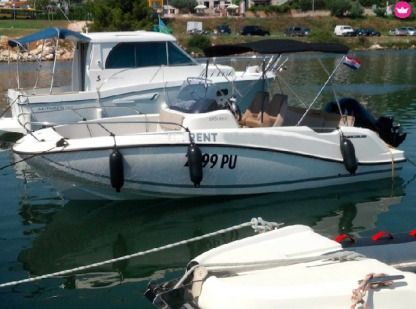 Charter Motorboat Quicksilver Active 605 Open Pula