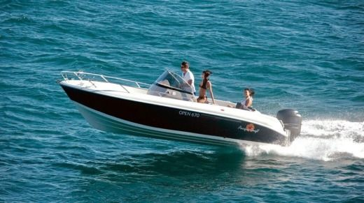Lancha Pacific Craft 670 Open en alquiler