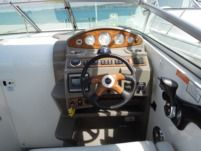 Rental Motorboat Cruiser Rinker 260 Pula