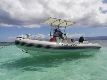 Charter Motorboat Zodiac Pro Open 550 Sainte Rose