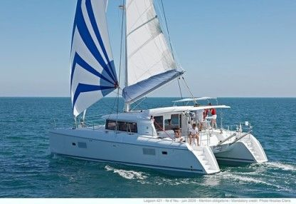 Location Catamaran Lagoon 421 Lavrion