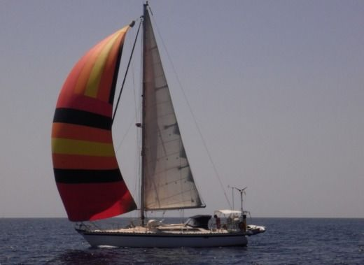 Jeanneau Sun Fizz 12,30M in Saint-Gilles-Croix-de-Vie for hire