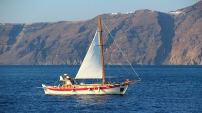 Rental Sailboat Traditional Greek Kaiki -Trechandiri Santorini