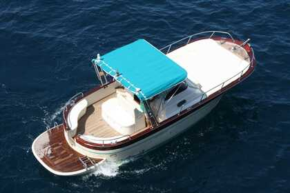 Hire Motorboat Acquamarina 9 mt Capri