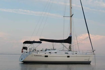 Hire Sailboat Beneteau Oceanis 381 Plattsburgh