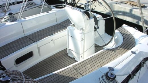 Bavaria 36 Cruiser in Split for hire