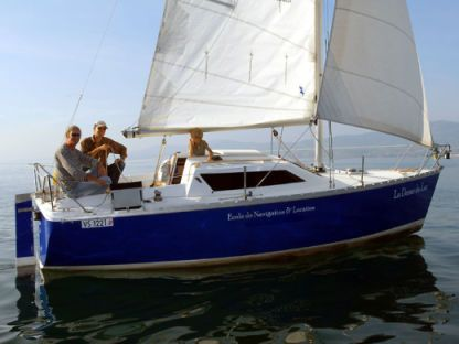 Charter Sailboat Jeanneau Tonic 23 Port-Valais