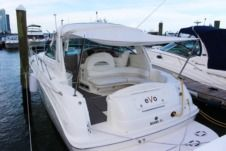 Sea Ray Sundancer in Miami for rental