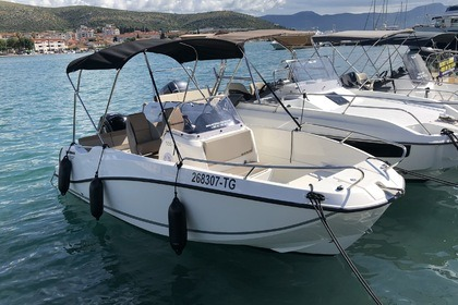 Hire Motorboat Quicksilver Activ 555 Open Trogir