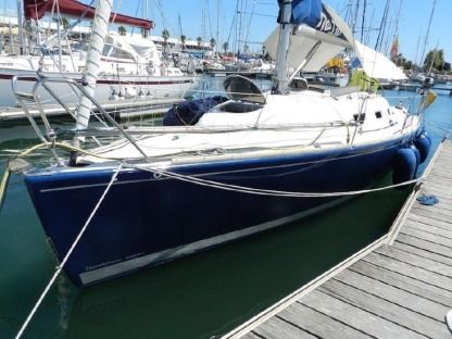 Rental Sailboat Ro 330 Barcelona