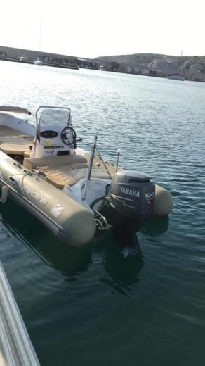 RIB Zodiac Medline Neo 550 peer-to-peer