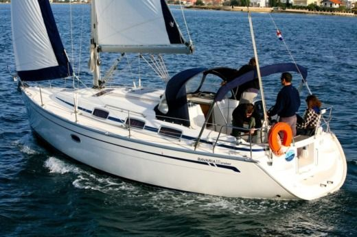 Bavaria 33 Cruiser (2006) in Sukošan for hire
