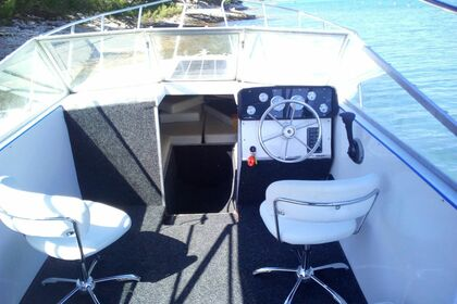Hire Motorboat Reinell 790 Medulin