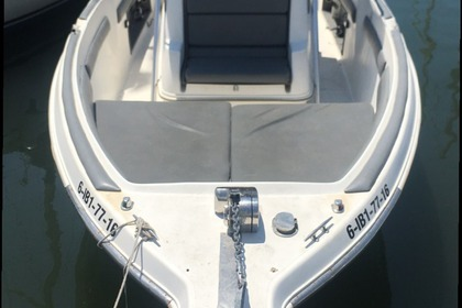 Hire Motorboat Wellcraft 240 ccf Ca'n Pastilla