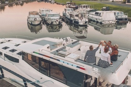 Location Péniche PENICHE HORIZON 4 Dinan