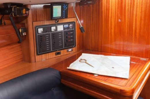 Sailboat DUFOUR YACHT DUFOUR 35 CLASSIC for hire