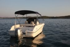 Motorboat Hm 22 Fly Honda 100 for rental