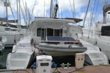Location Catamaran Fountaine Pajot Mahe 36 Nassau