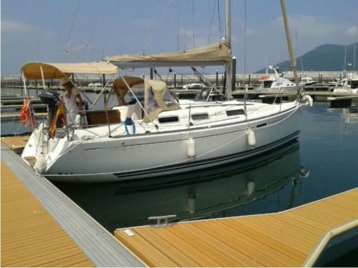 Barca a vela Dufour 325 Grand Large tra privati