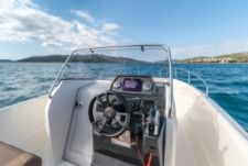 Charter Motorboat Quicksilver 675 Open Split