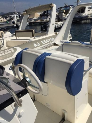 Zodiac Medline 3 in Porto-Vecchio for hire