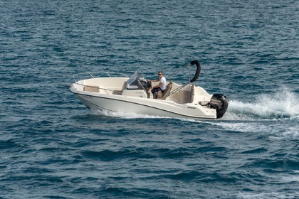 Miete Motorboot QUICKSILVER 675 Open Split