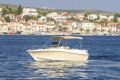 Hire Motorboat Reful HM Fly 22 Rogoznica