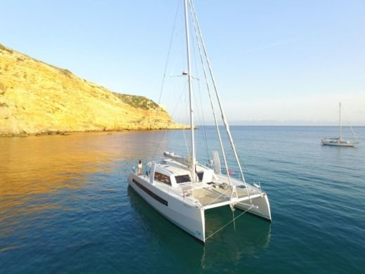 Catamarán Catana 53