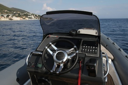 Location Semi-rigide LOMAC NAUTICA Adrenalina 7.0 Saint-Florent