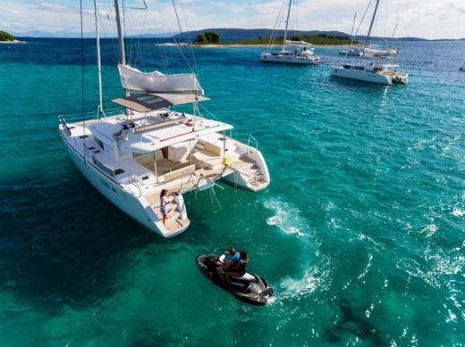 Catamaran Beneteau Lagoon 450 Luxury Lu Lu for rental