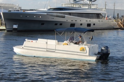 Charter Motorboat Saltwater Beach cat Fort Lauderdale