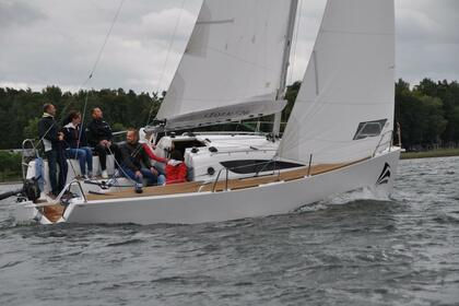 Rental Sailboat Storm Storm 26 Performance Cruiser Sipplingen