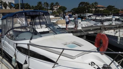 Bayliner 245 SB in Hyères for hire