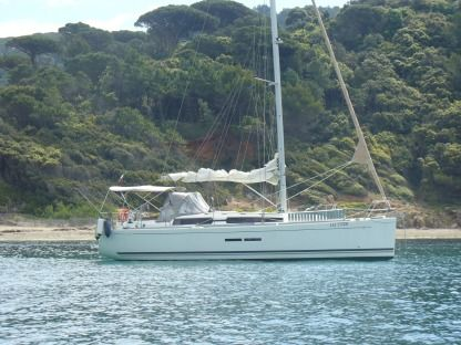 Rental Sailboat Dufour 375 Grand Large Saint-Cyprien