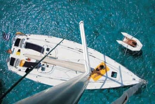 Beneteau 50.5 in Alimos for rental
