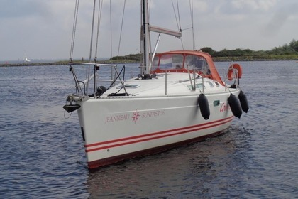Rental Sailboat JEANNEAU SUN FAST 36 La Turballe
