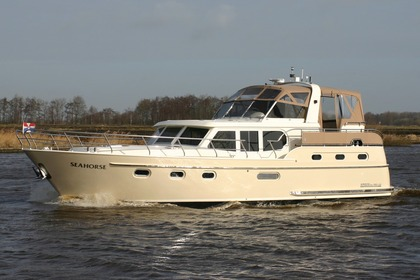 Hire Motorboat Argos Line 1350 Elite Sneek