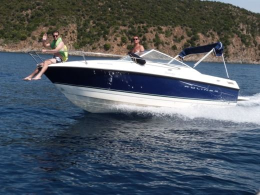 BAYLINER Discovery in Palavas-les-Flots for hire