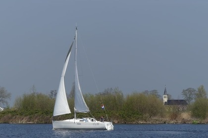 Verhuur Zeilboot Beneteau First 25.7 Sneek
