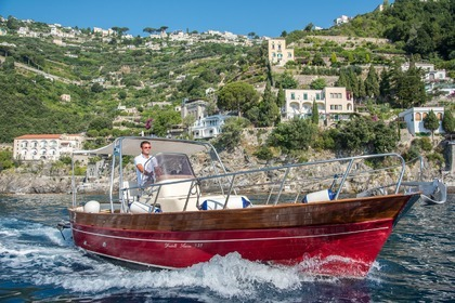 Hire Motorboat APREA SORRENTO 750 Minori