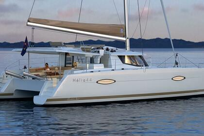 Charter Catamaran FOUNTAINE PAJOT 44 Leeward Islands
