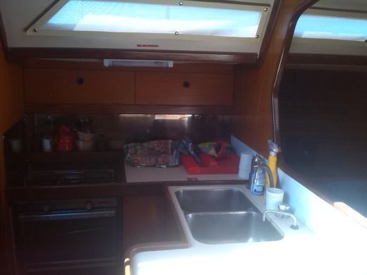 Sailboat Beneteau First 38 peer-to-peer