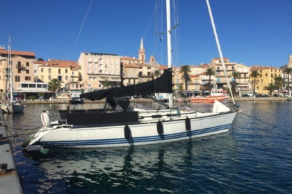 Hire Sailboat X-yachts X-412 Fréjus